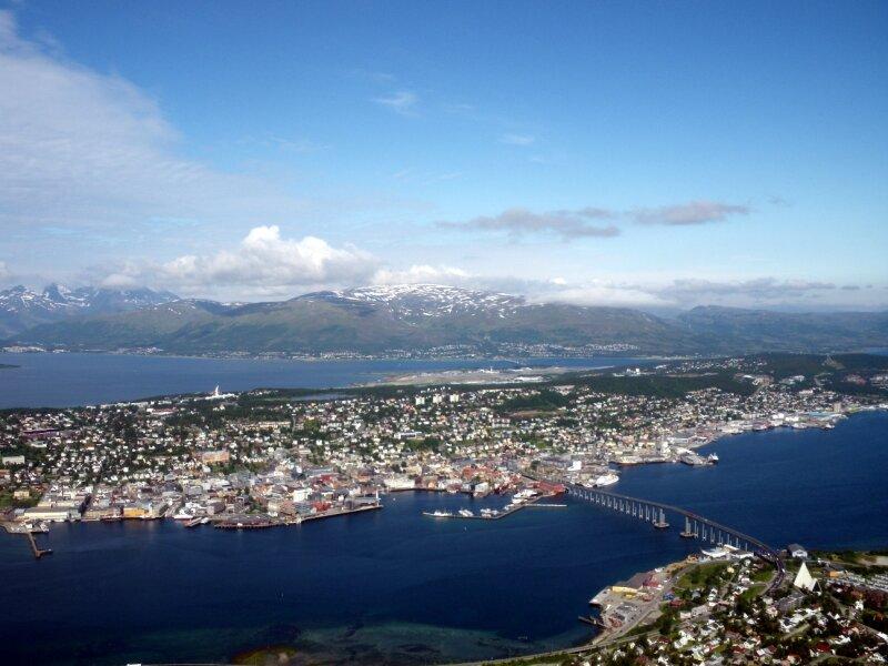 vue de Tromsøya (l'île principale) - Fjelheisen