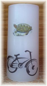 Bougie blanche tortue velo Julie Beaucamp