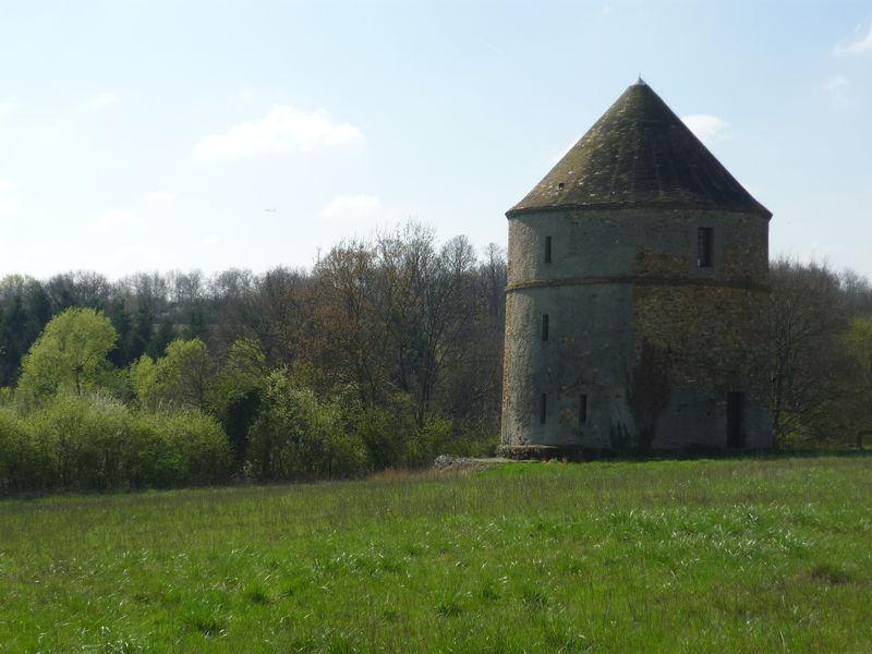 Une pigeonnière près de l'abbaye de Limon, à Vauhallan