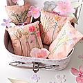 petits coussins de porte aux bouquets champêtres créations©Marimerveille