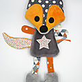 Doudou renard gris orange blanc