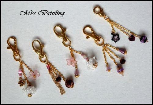 bijoux de sac mauve