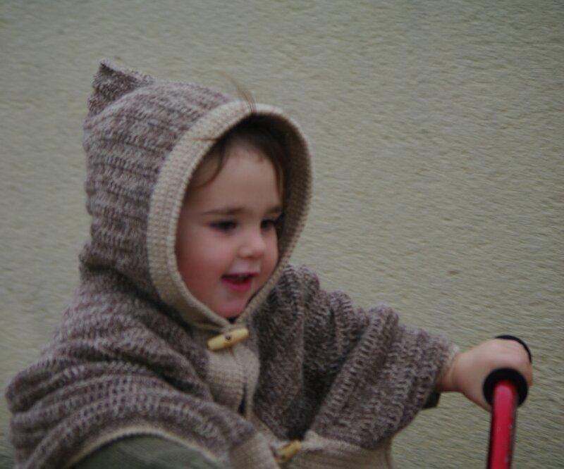 cape bébé au crochet