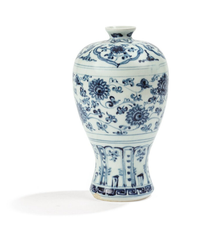 A blue and white vase, meiping, Ming Dynasty, 16th century