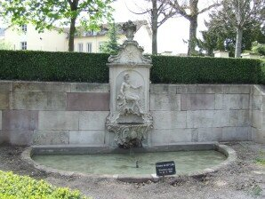 Remiremont-Fontaine-de-Neptune--3-
