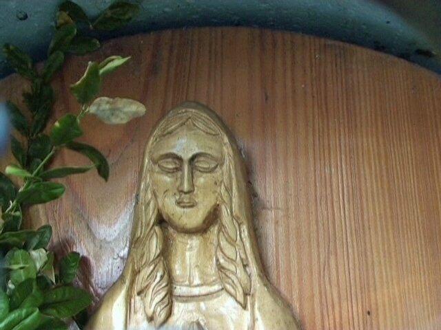 Statue de bois - la Vierge