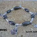 Bracelet en Hématite et breloques en argent