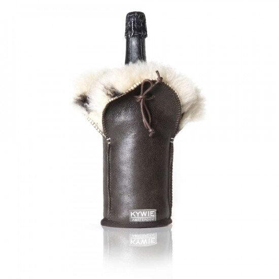 etui-isotherme-a-champagne-en-cuir