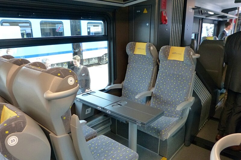 interieur-leo-express2