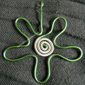 pendentif fleur verte argent