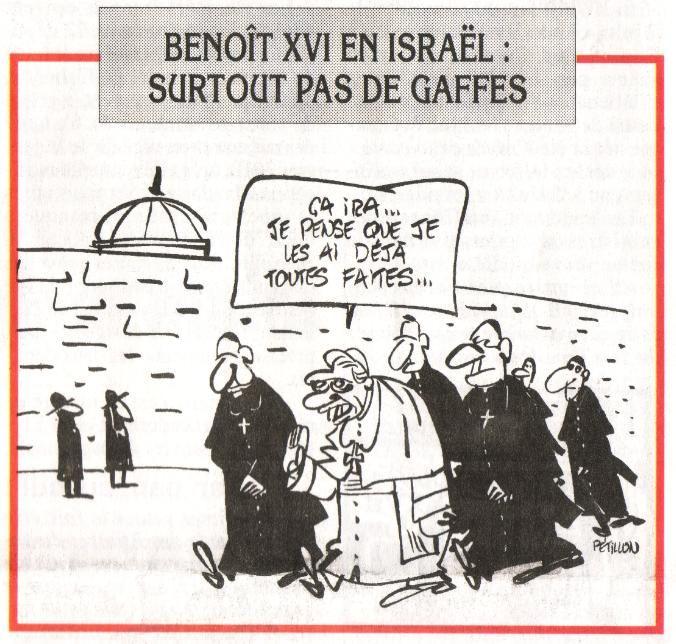 Apres Les Nombreuses Polemiques Benoit Xvi Au Pied Du Mur Des
