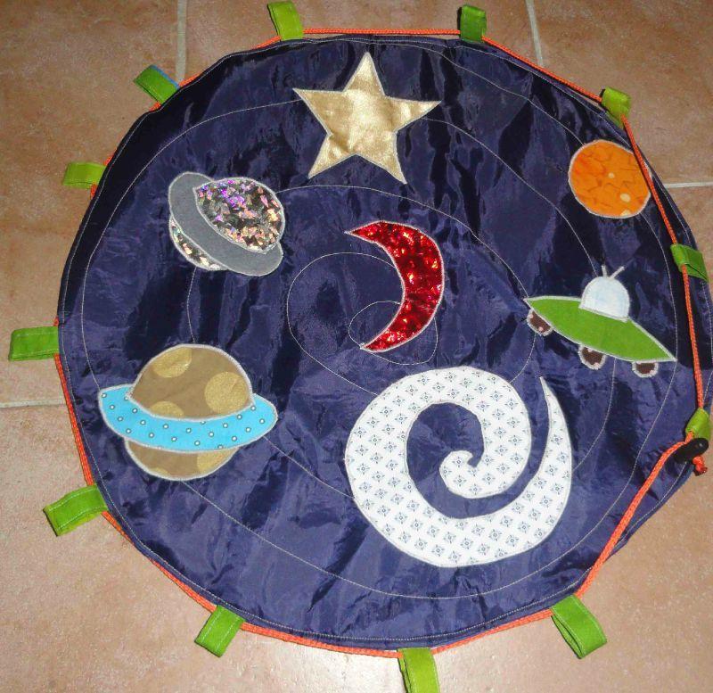 fold and go spaceship set tapis de jeux de l 39 espace ch m alias chauchaumamar. Black Bedroom Furniture Sets. Home Design Ideas