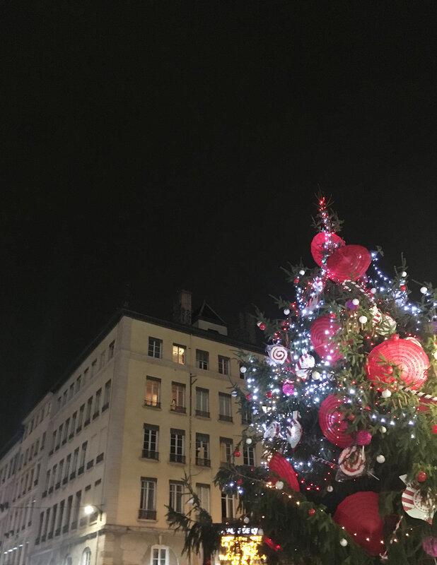 lyon-place-carnot-marche-de-noel-ma-rue-bric-a-brac