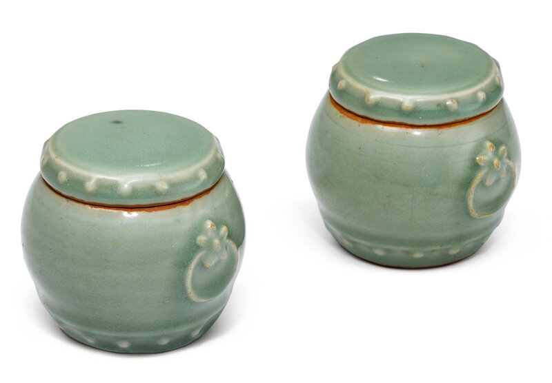 A rare pair of Longquan celadon jars and covers, Song – Ming dynasty