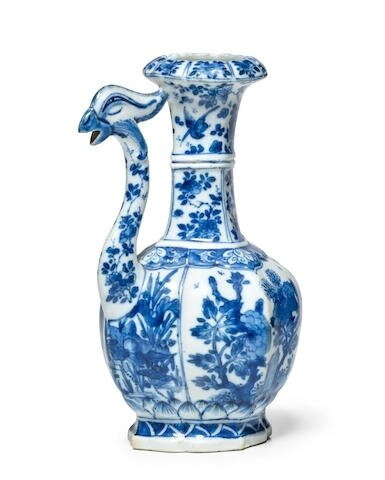A blue and white bird-headed ewer, Kangxi period (1662-1722)