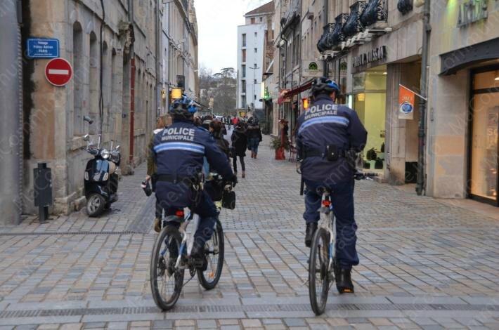 2013-02_12-_police_municipale_velo-dsc_4681