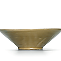 A Yue celadon bowl withbi-shaped foot, Five Dynasties (907-960)