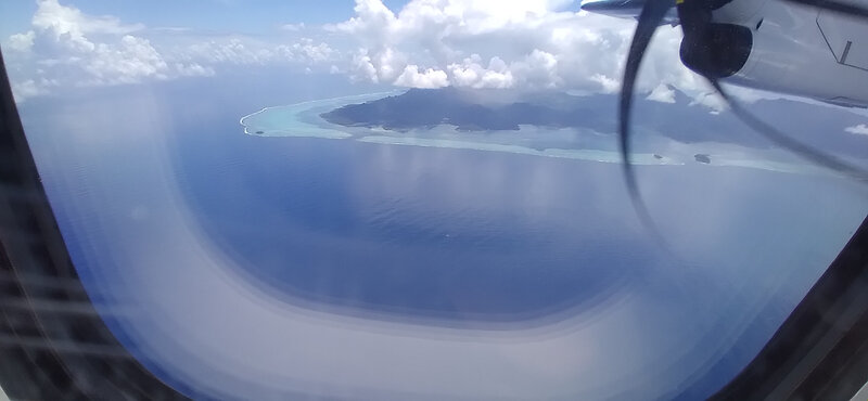 Raiatea vue d'avion en partant