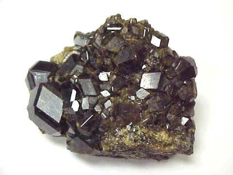 Andradite_mineraux