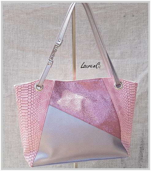 SAC SIMILI DRAGON ROSE ARGENT PAILLETTES