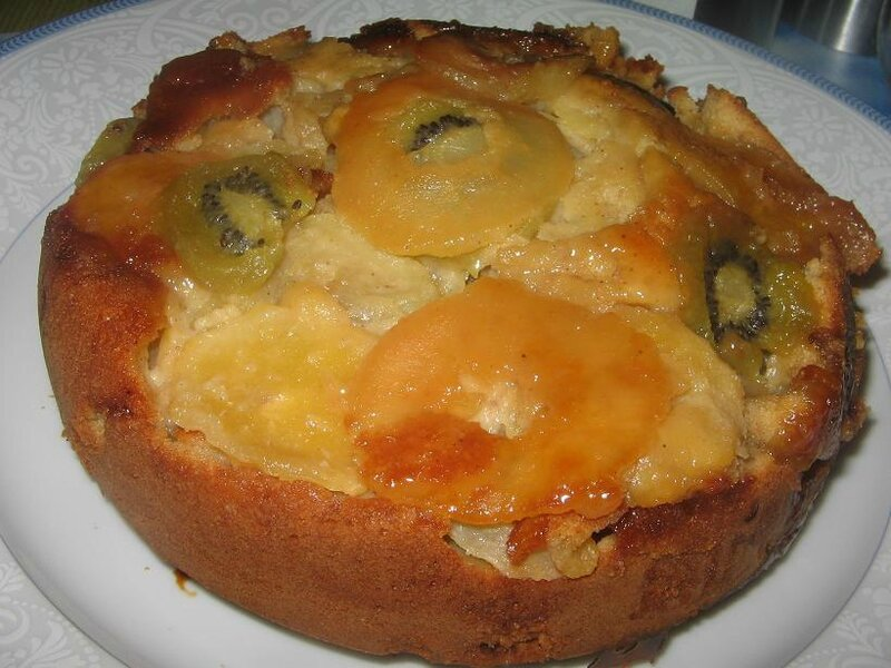 Gâteau multi-fruits (pommes, kiwis, poires) aux 4 épices 026