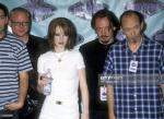 1996-06-08-MTV_Movie_Awards-backstage-2-2