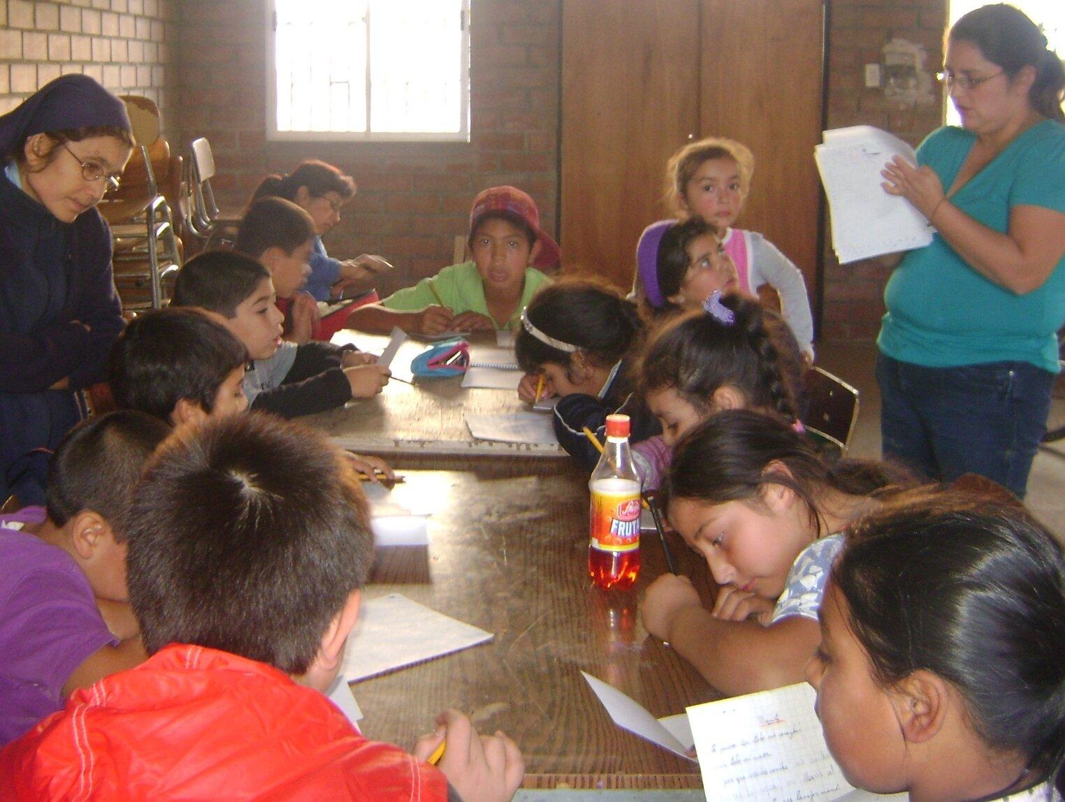 reforzamiento escolar en el Anexo del Portal