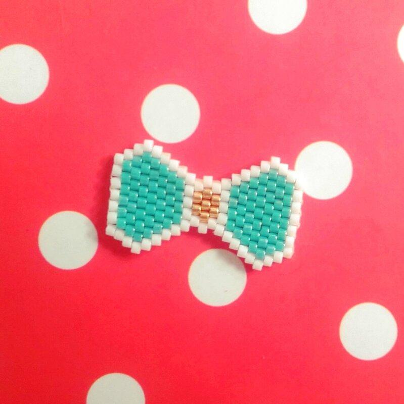 brick-stitch-miyuki-noeud