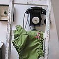 Culotte BIANCA en coton vert salade à pois tête d'épingle blanc - noeud de velours rose buvard (6)