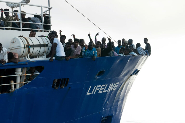 Photos-migrants-Lifeline