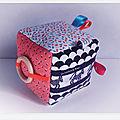 Cube d'éveil 1