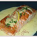 Pavé de saumon et sa sauce au beurre d'agrumes
