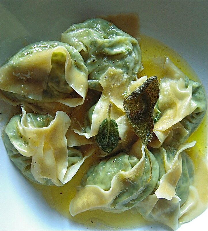 tortellini vert de blettes, ricotta, parmesan, sauge