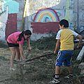 limpiando el jardín