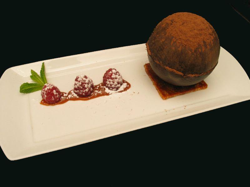 sphère chocolat et mousse choco-gingembre