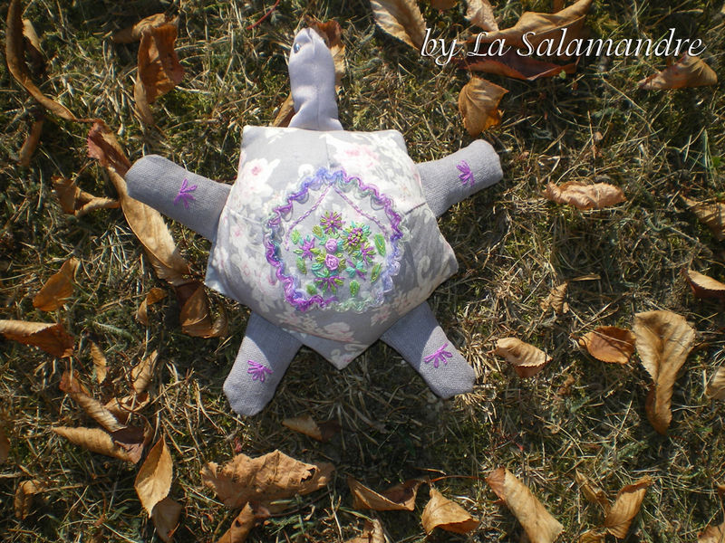 84- by La Salamandre