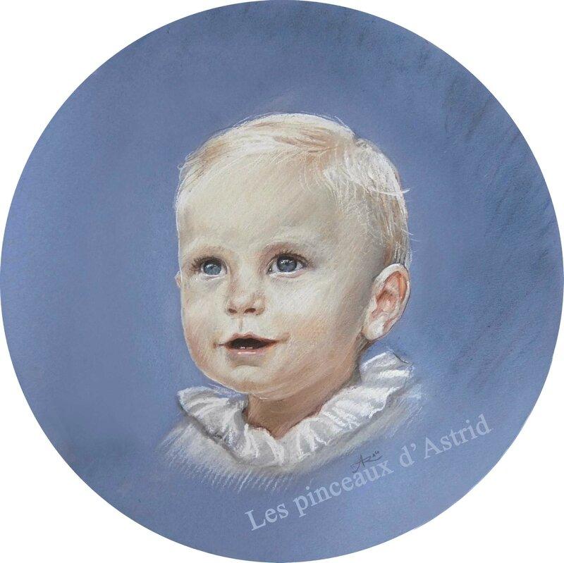portrait bébé pastel fond bleu