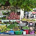 Etals de fruits et légumes...