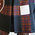 Robe trapèze Noire Chasuble Asymétrique d'esprit Vintage Chic Noire & Crème écru et lainage tissé Multicolore Graphique