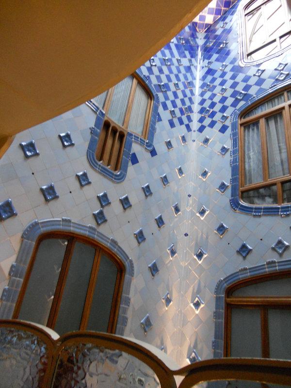 24-Babeth Barcelone (Casa Batllo)