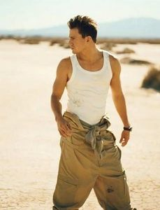 Channing_Detail_Magazine_channing_tatum_12591063_390_512