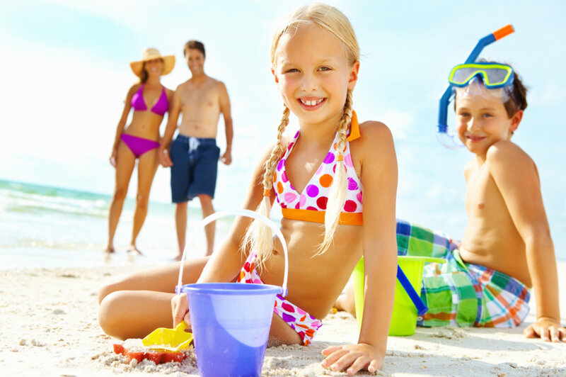 Family_on_Beach_provided_by_Directline_Holidays_2
