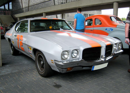 Pontiac_le_mans_luxury_1972_01