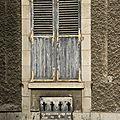 Fenêtre sans porte et une porte sans fenêtre ...