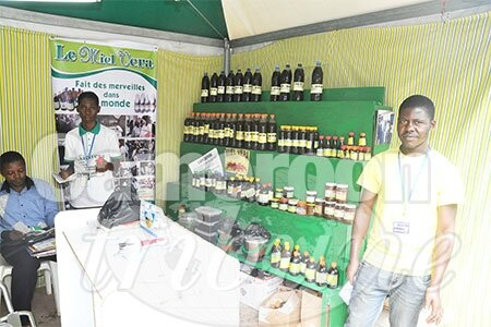 stand-pharmacie-africaine-promote