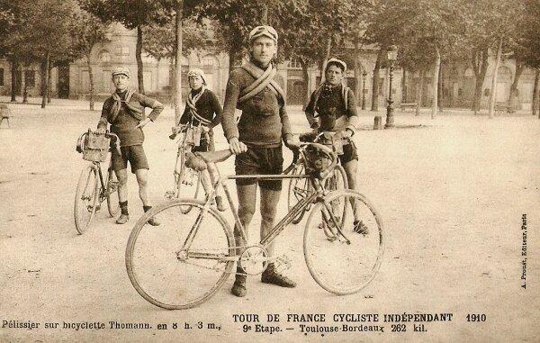 CPA Tour de France Peugeot Wolber 1910 9ème étape Toulouse Bordeaux