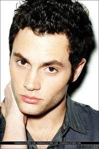 Penn_penn_badgley_4906212_502_752