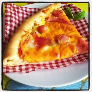 Made_in_cooking___Pizza_jambon_knackis