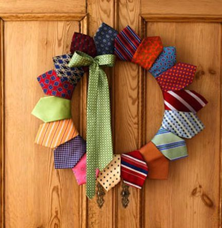 upcycled-necktie-wreath