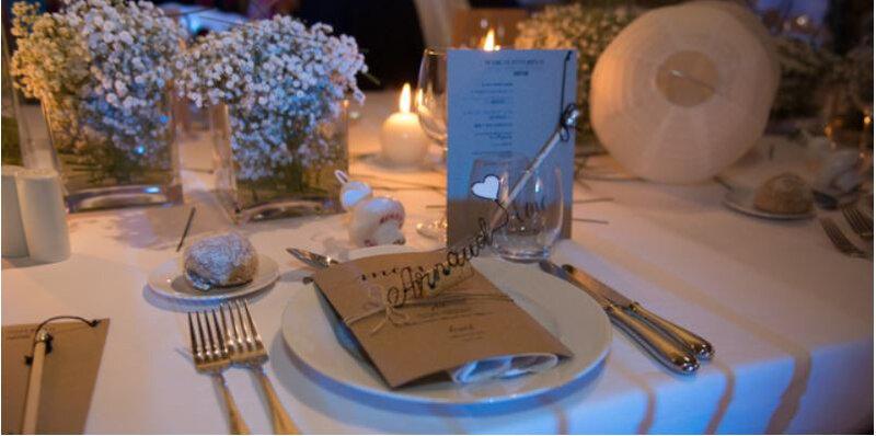 marque-place_prenoms_mariage_dame la lune_creation_fil de fer_table_sceno